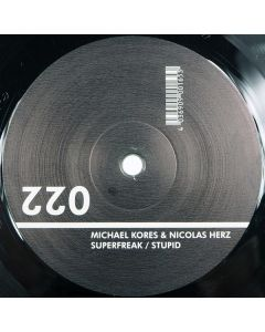 Michael Kores & Nico Herz - Superfreak / Stupid